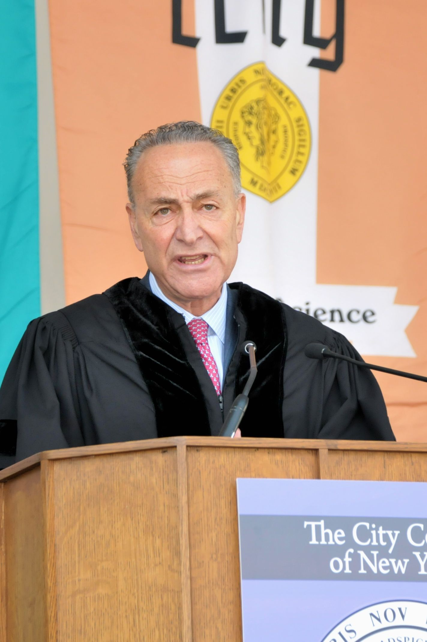 Schumer_CCNY Commencement